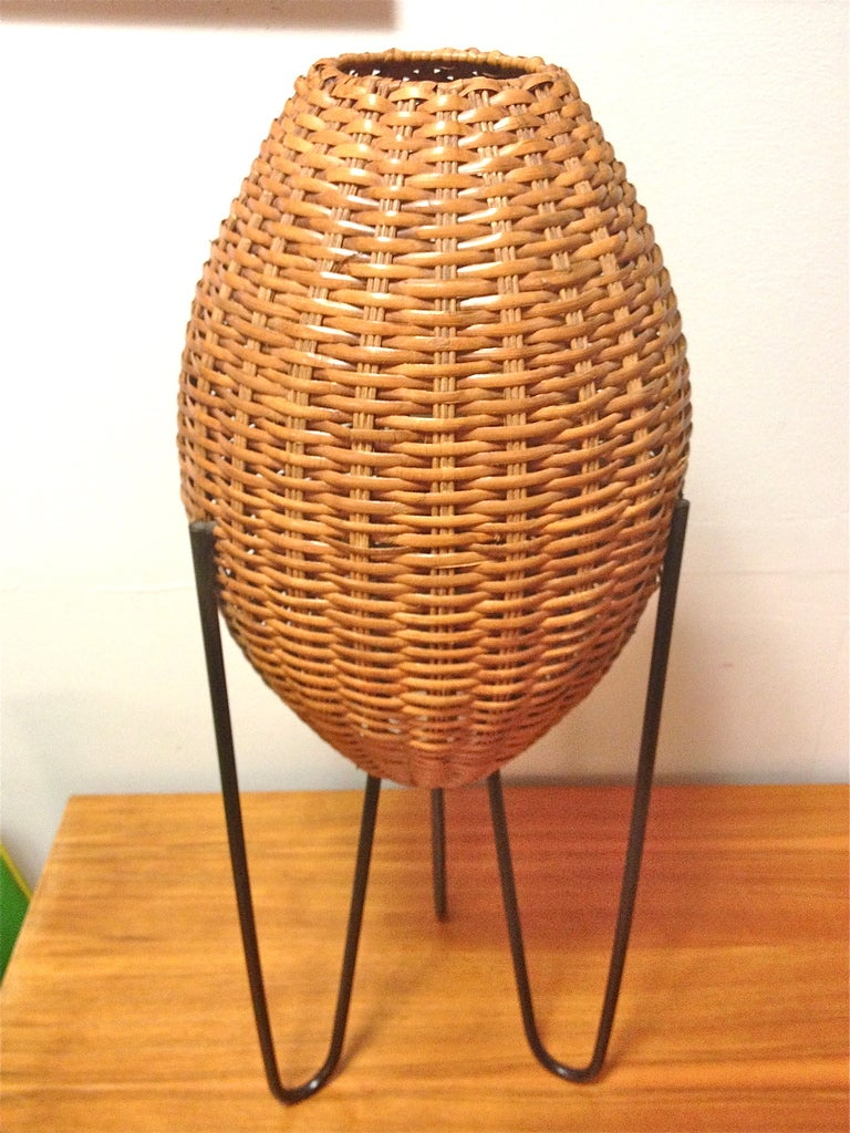 Jeff Zimmerman Furniture Mid-Century Tripod Hairpin Table Lamp with Rattan Shades at 1stdibs