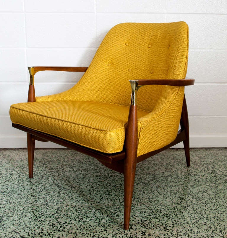 Ib Kofod-Larsen Lounge Chair In Excellent Condition In St. Louis, MO