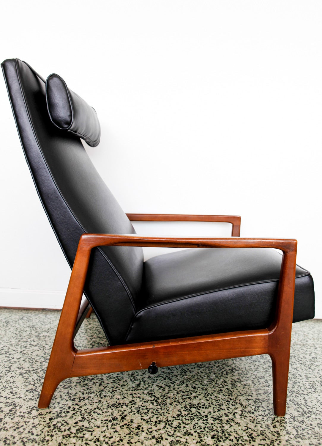 stunning leather black mid century reclining danish lounge chair 7 black leather mid century