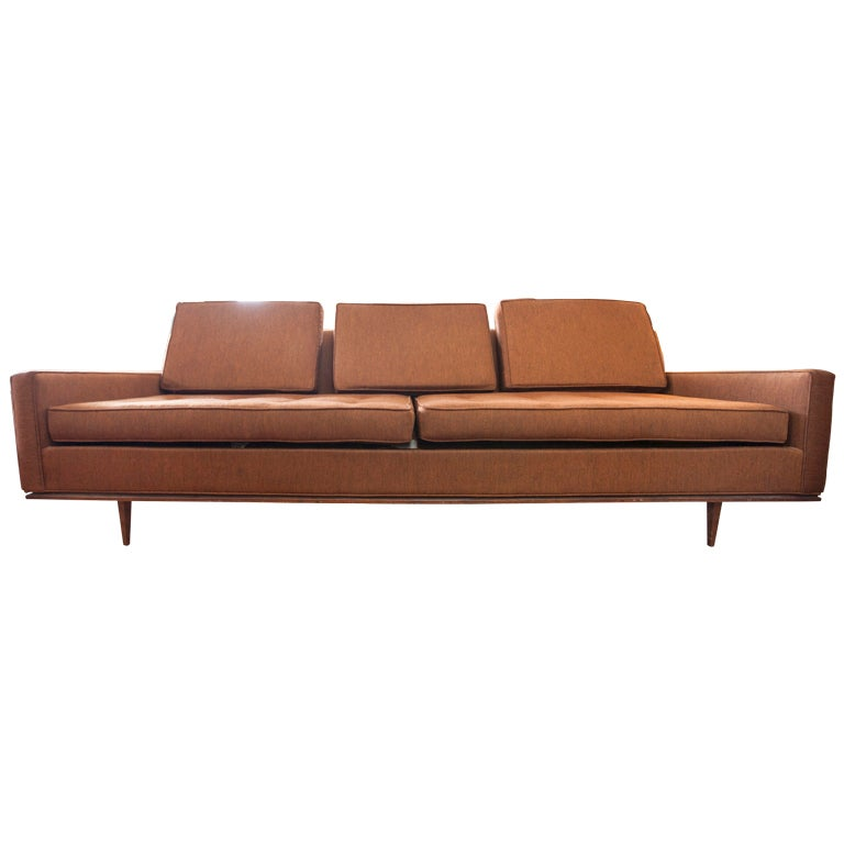 Long Low Selig Mid Century Modern Sofa at 1stdibs : XXXMG6243 from 1stdibs.com size 768 x 768 jpeg 27kB
