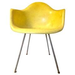 Herman Miller Charles Eames Zenith Rope Edge Chair DAX