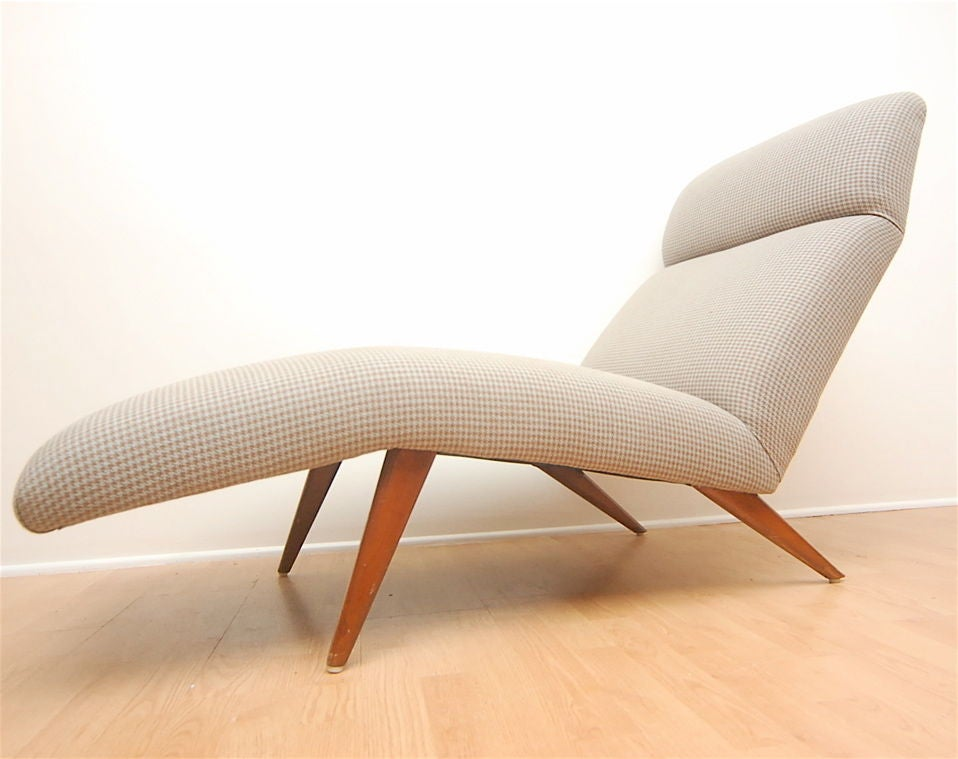 Beautiful mid-century chaise lounge with newer houndstooth upholstery.