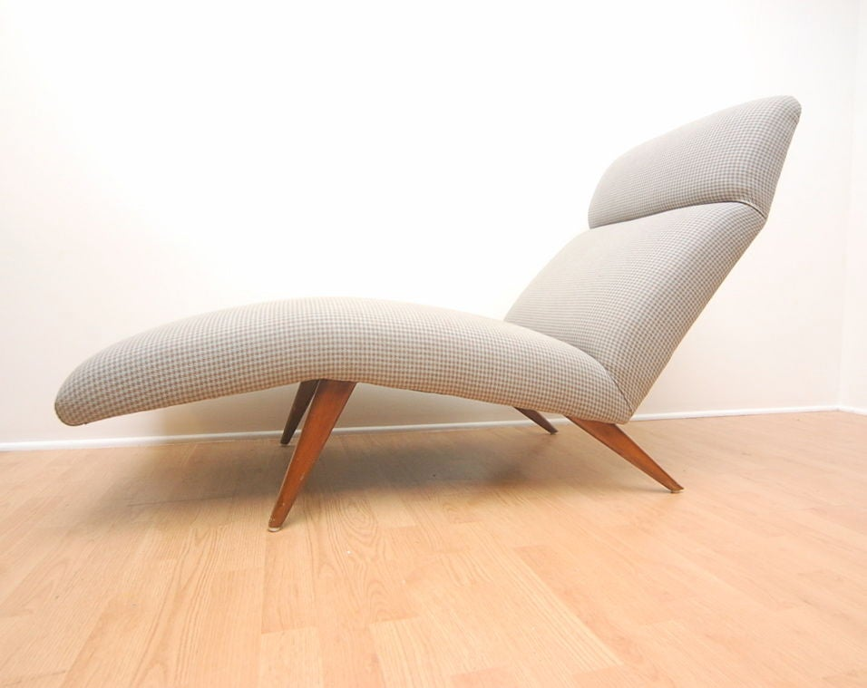 Mid-Century Chaise Lounge Chair Houndstooth Fabric 3