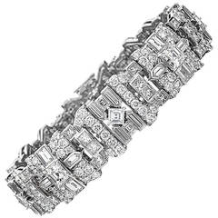 Extraordinary Diamond Platinum Bracelet