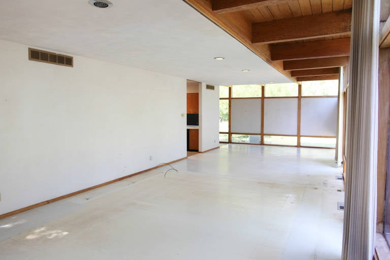 Mid-20th Century Mid-Century Modern Eames-Style Box House by Architect Mitsu Otsuji, .9 Acres