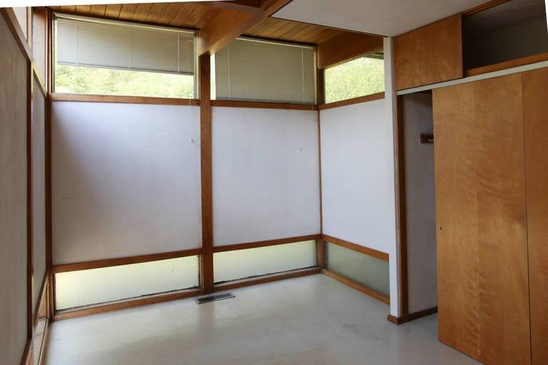 Mid-Century Modern Eames-Style Box House by Architect Mitsu Otsuji, .9 Acres 2