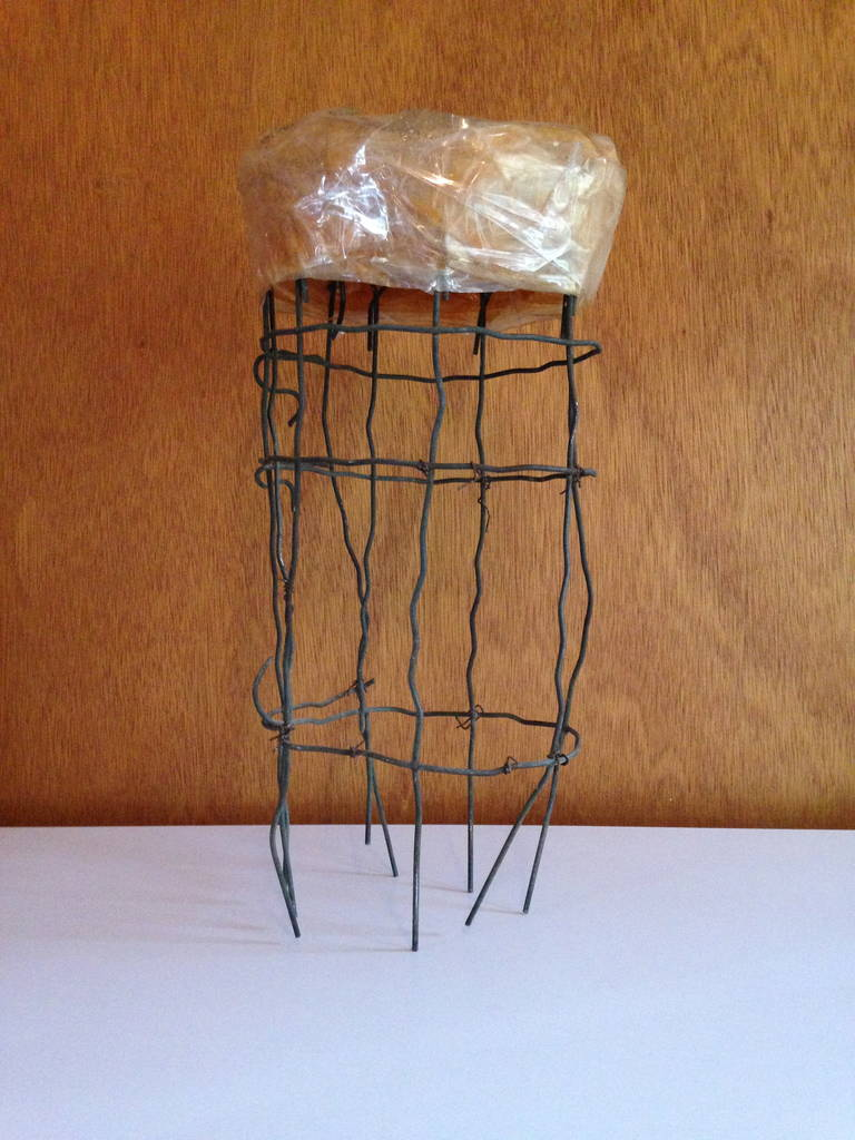 Untitled Wire Sculpture Stool by Susan Eisler In Excellent Condition For Sale In St. Louis, MO