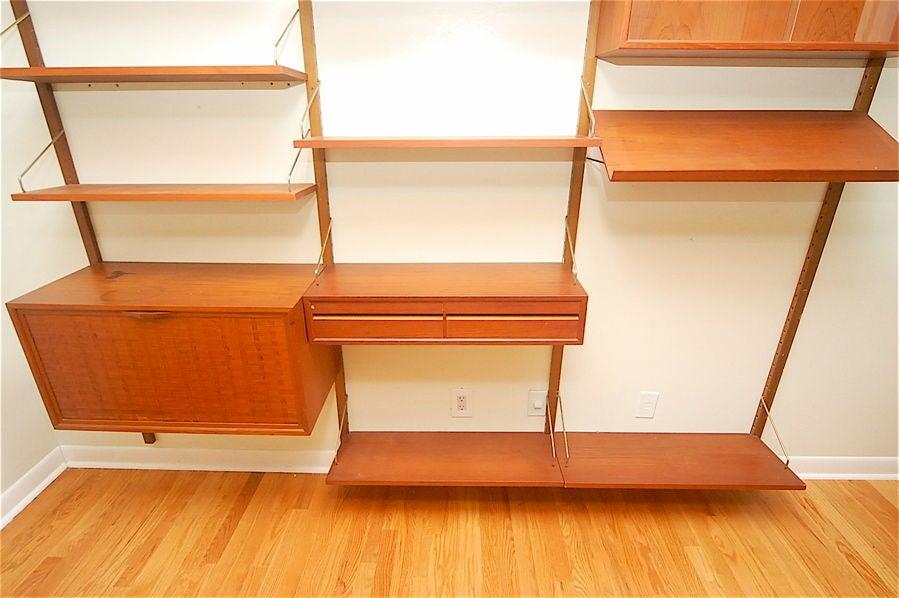 Teak Danish Modern Wall Shelf Unit Bookshelf by Poul Cadovius 4
