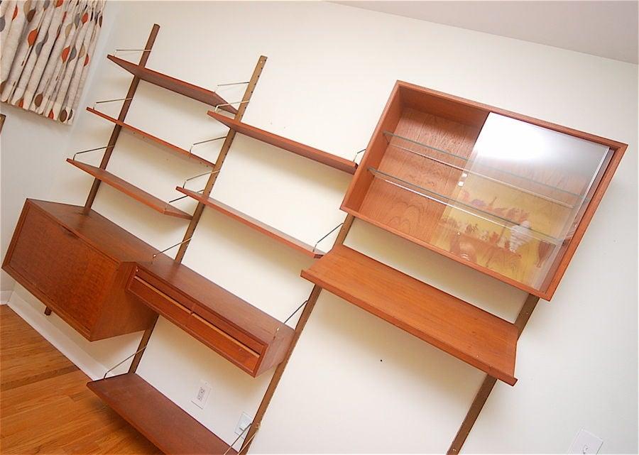 Teak Danish Modern Wall Shelf Unit Bookshelf by Poul Cadovius 6