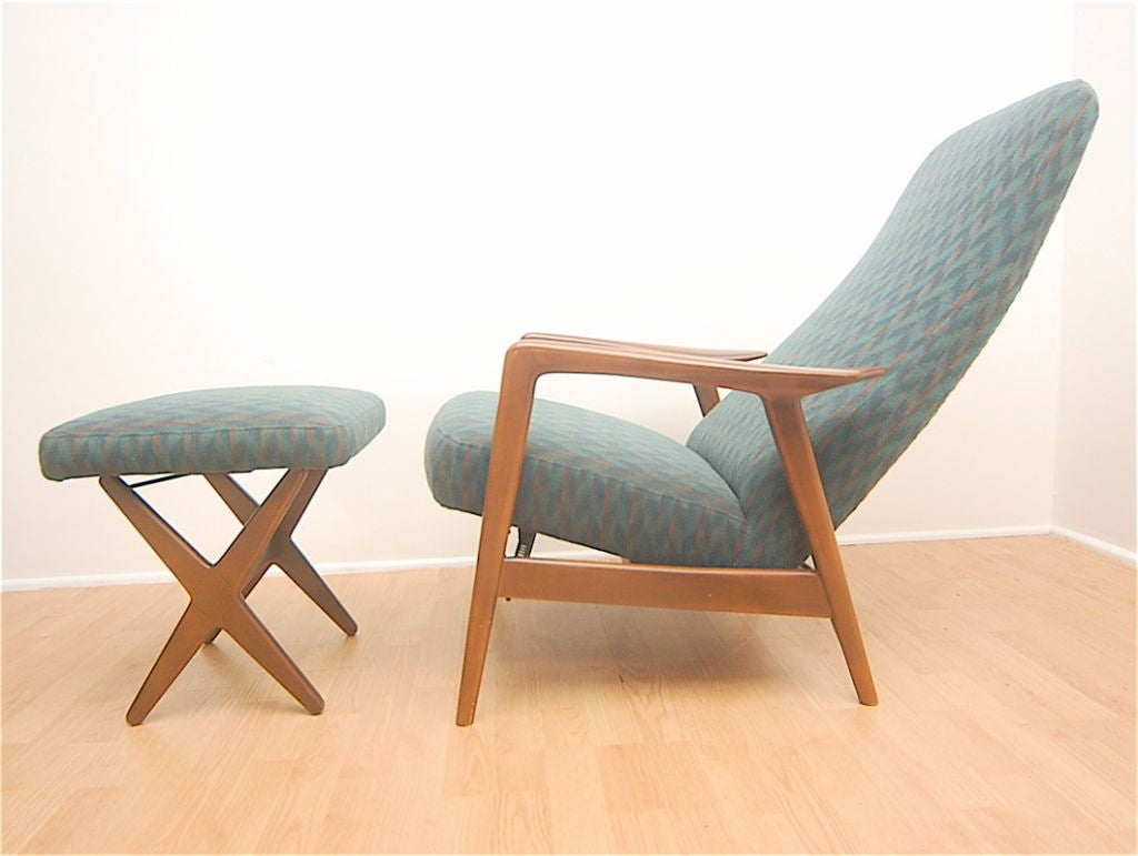 Selig danish modern lounge chair relicner and x base for Stylish lounge