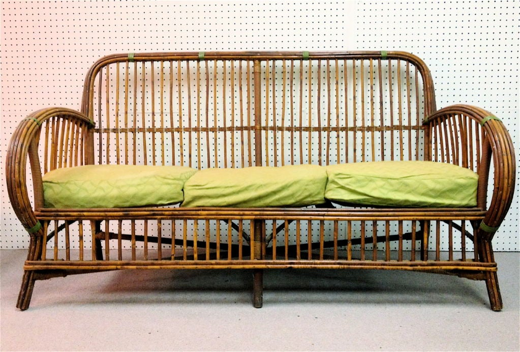 Art deco split reed wicker sofa at 1stdibs for Wicker reed