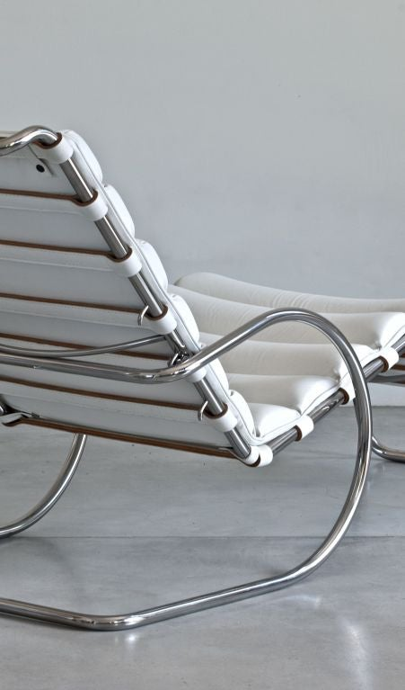 Mies van der rohe mr chaise longue for knoll at 1stdibs - Mies van der rohe chaise ...