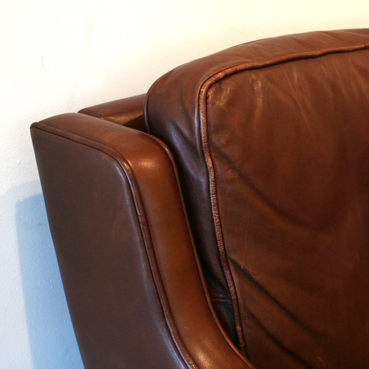 Vintage danish brown leather sofa at 1stdibs Vintage tan leather sofa