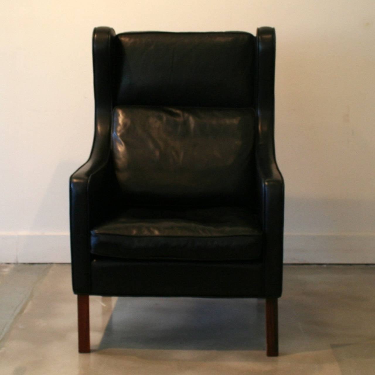 Black Wingback Chair Related Keywords & Suggestions