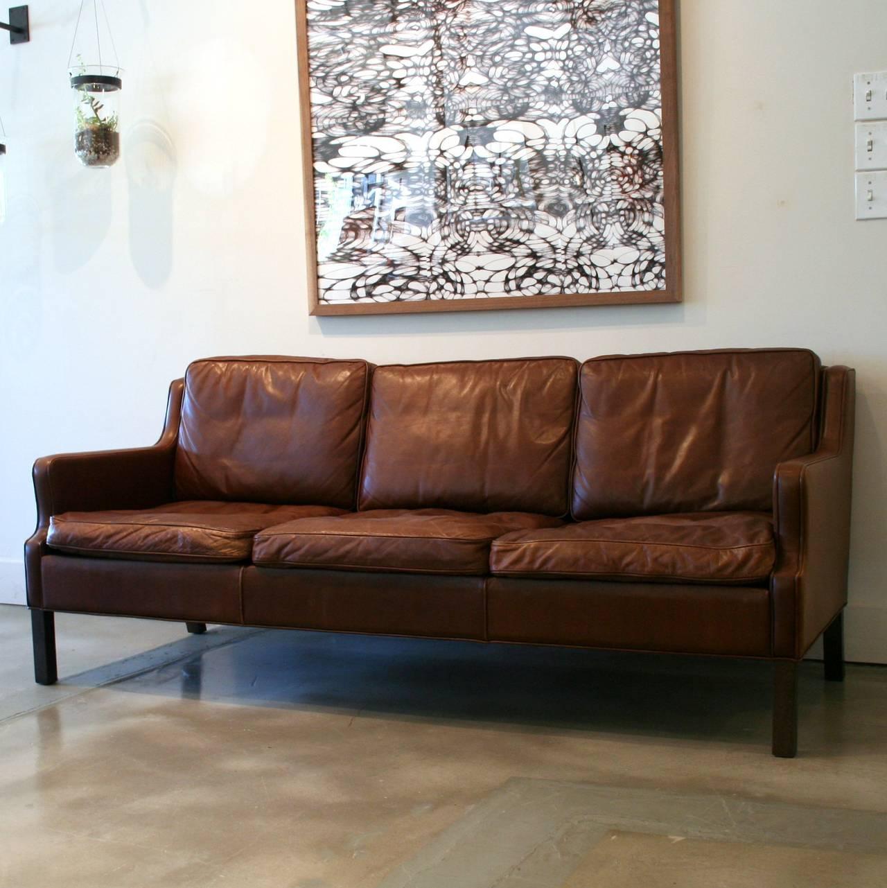 vintage danish brown leather sofa at 1stdibs. Black Bedroom Furniture Sets. Home Design Ideas