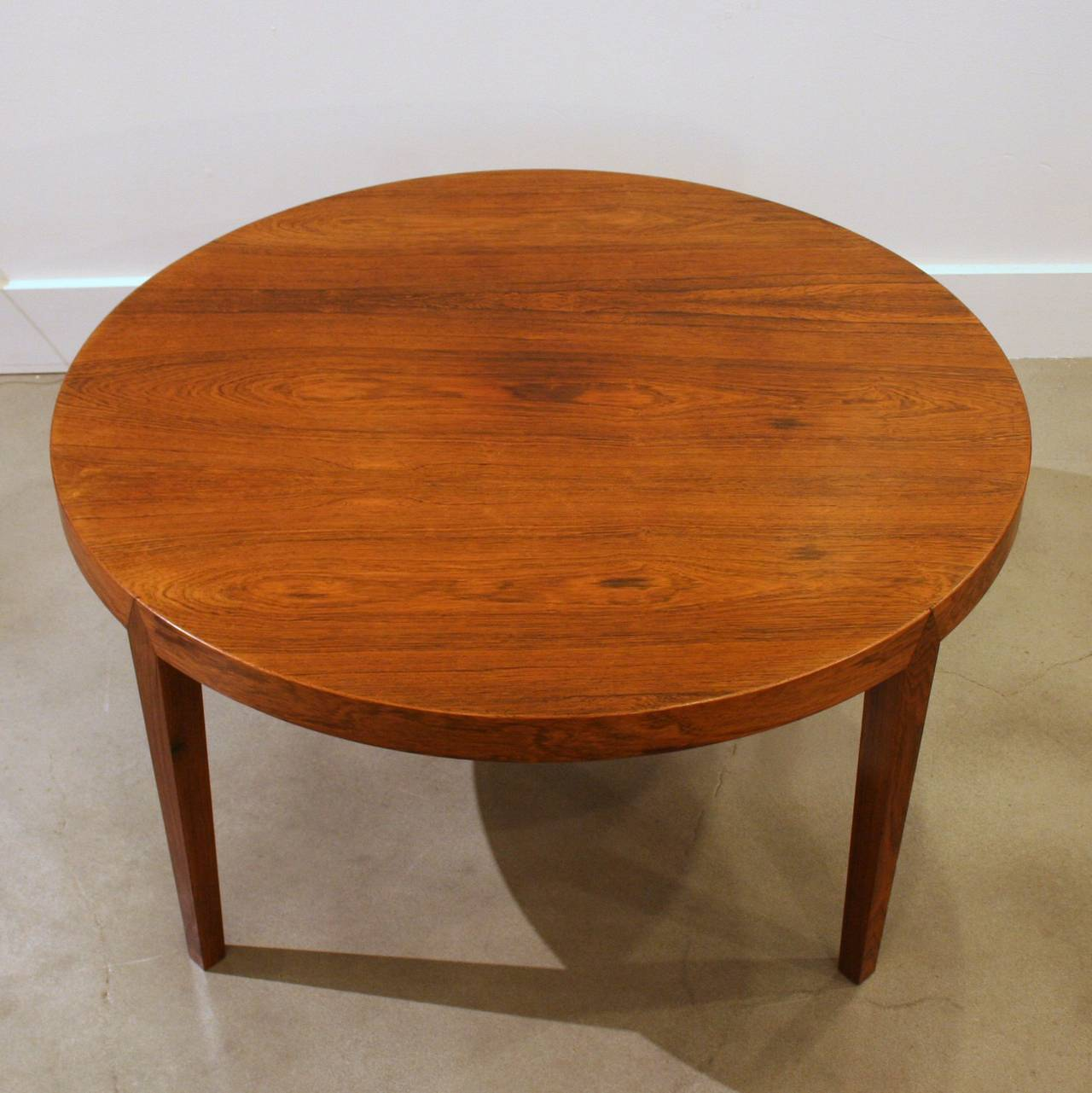 Vintage Danish Round Rosewood Coffee Table At 1stdibs