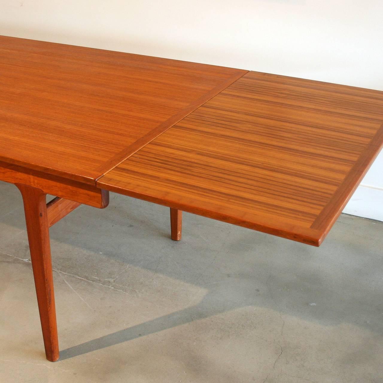 Vintage Danish Teak DIning Table at 1stdibs : IMG6622l from www.1stdibs.com size 1280 x 1281 jpeg 141kB