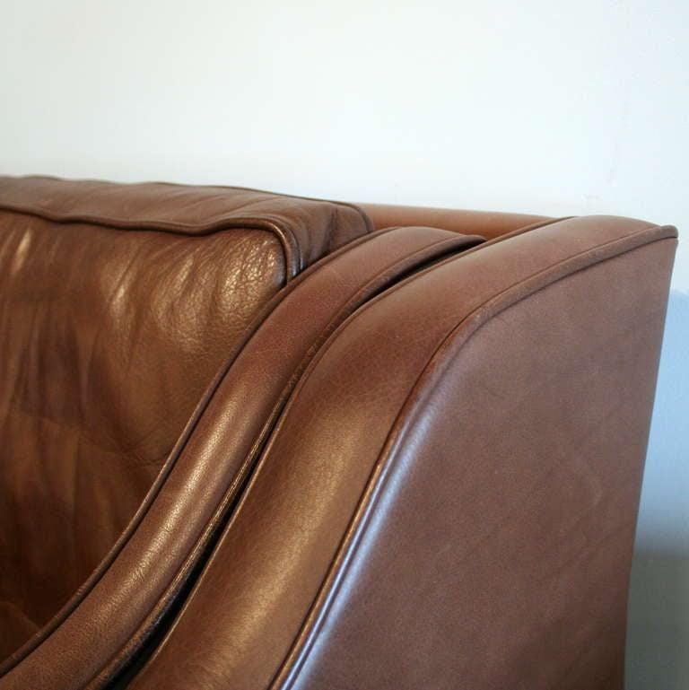 Vintage brown leather 2 seat sofa at 1stdibs Vintage tan leather sofa