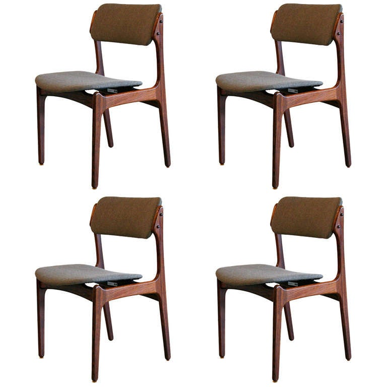 Vintage Rosewood Dining Chairs At 1stdibs