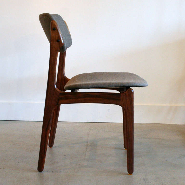Vintage Rosewood Dining Chairs at 1stdibs : IMG9947l from 1stdibs.com size 768 x 769 jpeg 44kB