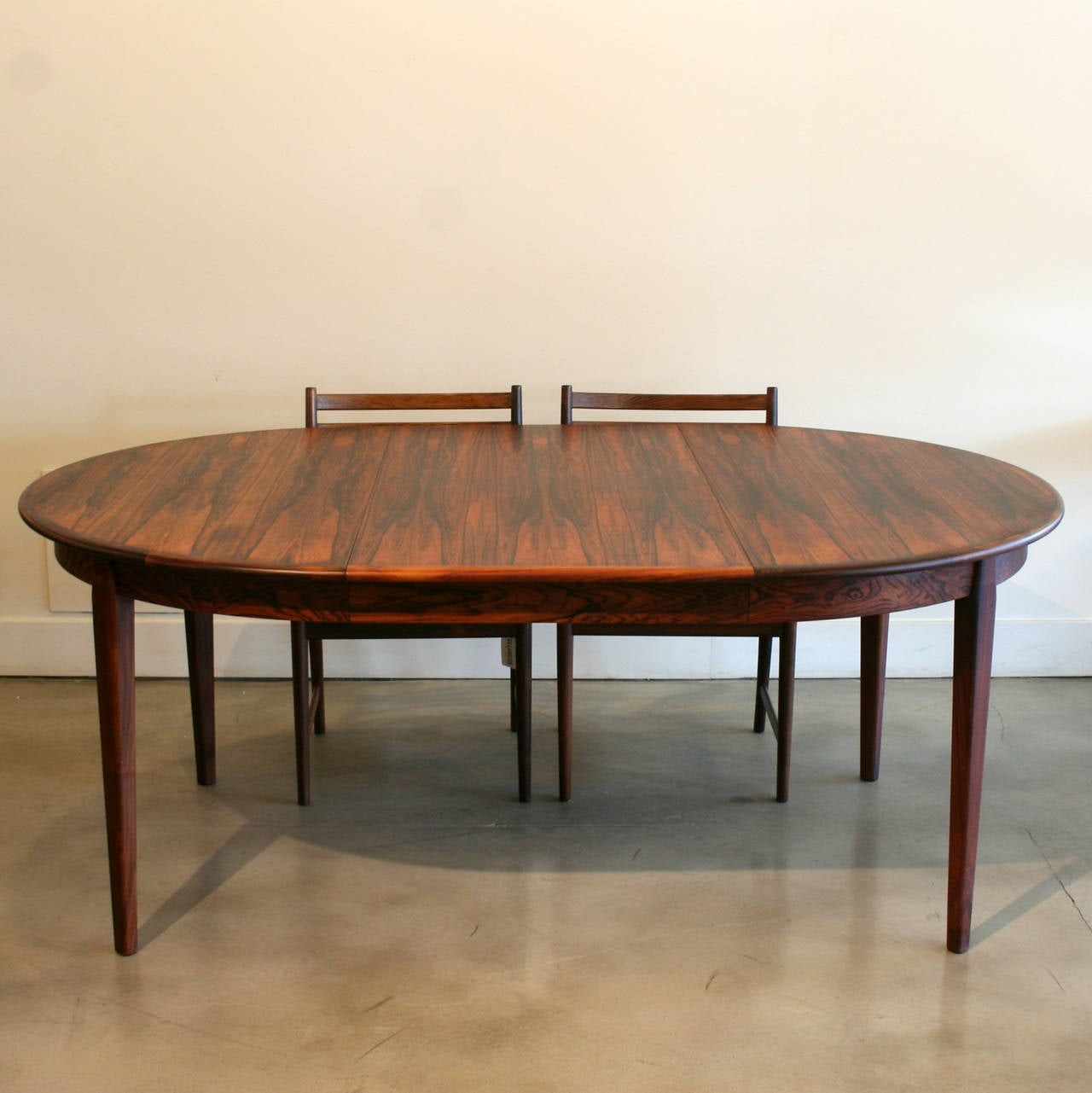 this vintage danish rosewood dining table is no longer available
