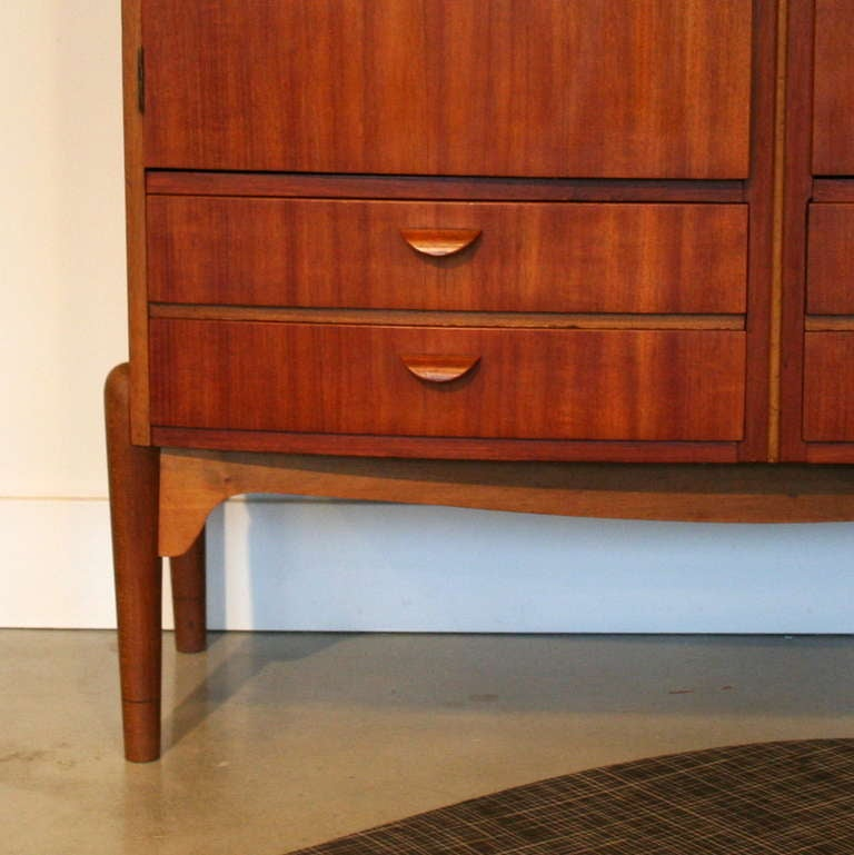 Vintage Teak Gentleman S Closet At 1stdibs