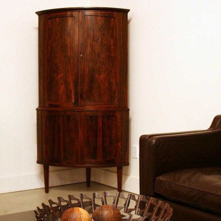 Vintage Rosewood Corner Bar Cabinet At 1stdibs