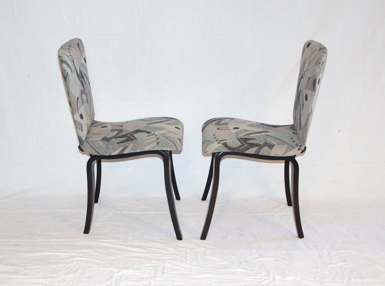 20th Century Mid Century Bent Ply Dining Chairs - Thaden-Jordan For Sale