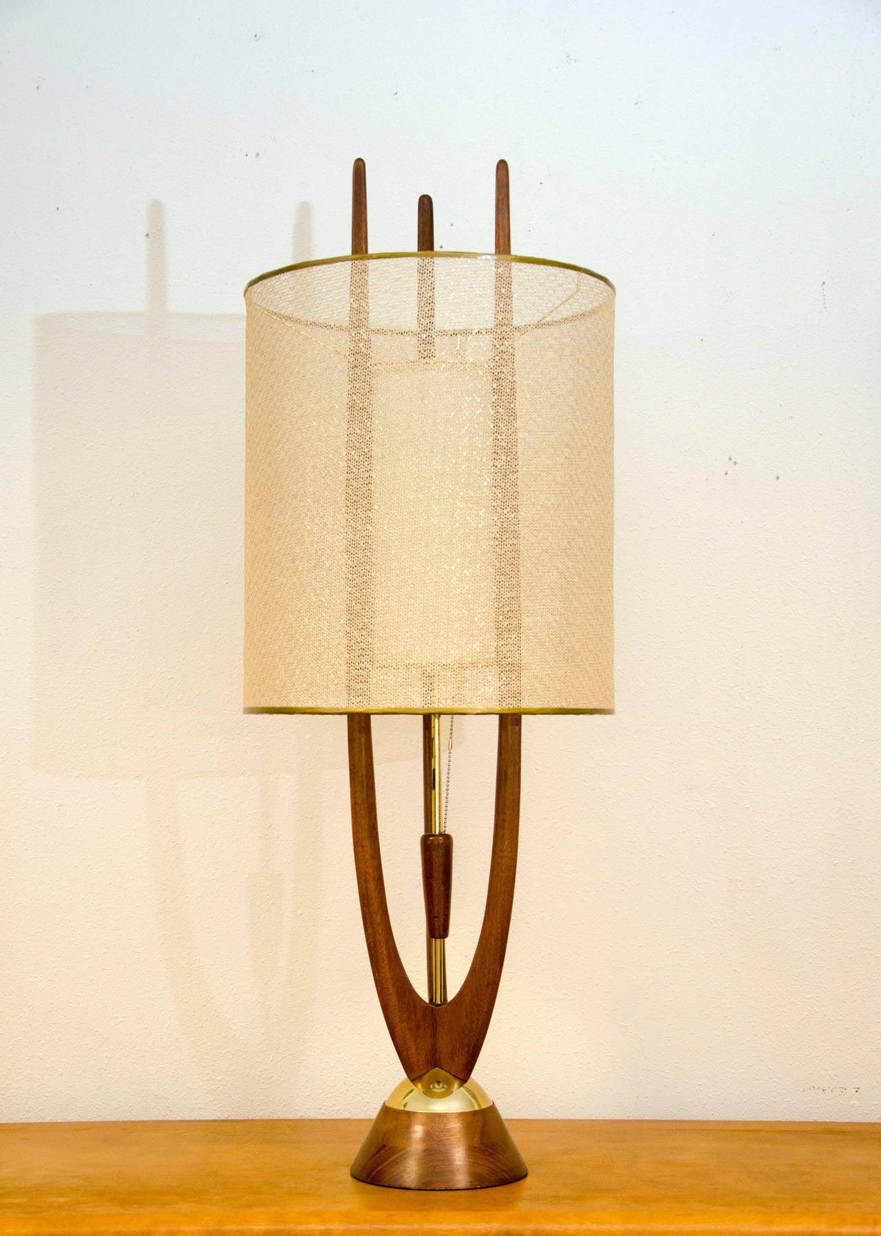mid century table lamp modeline at 1stdibs. Black Bedroom Furniture Sets. Home Design Ideas