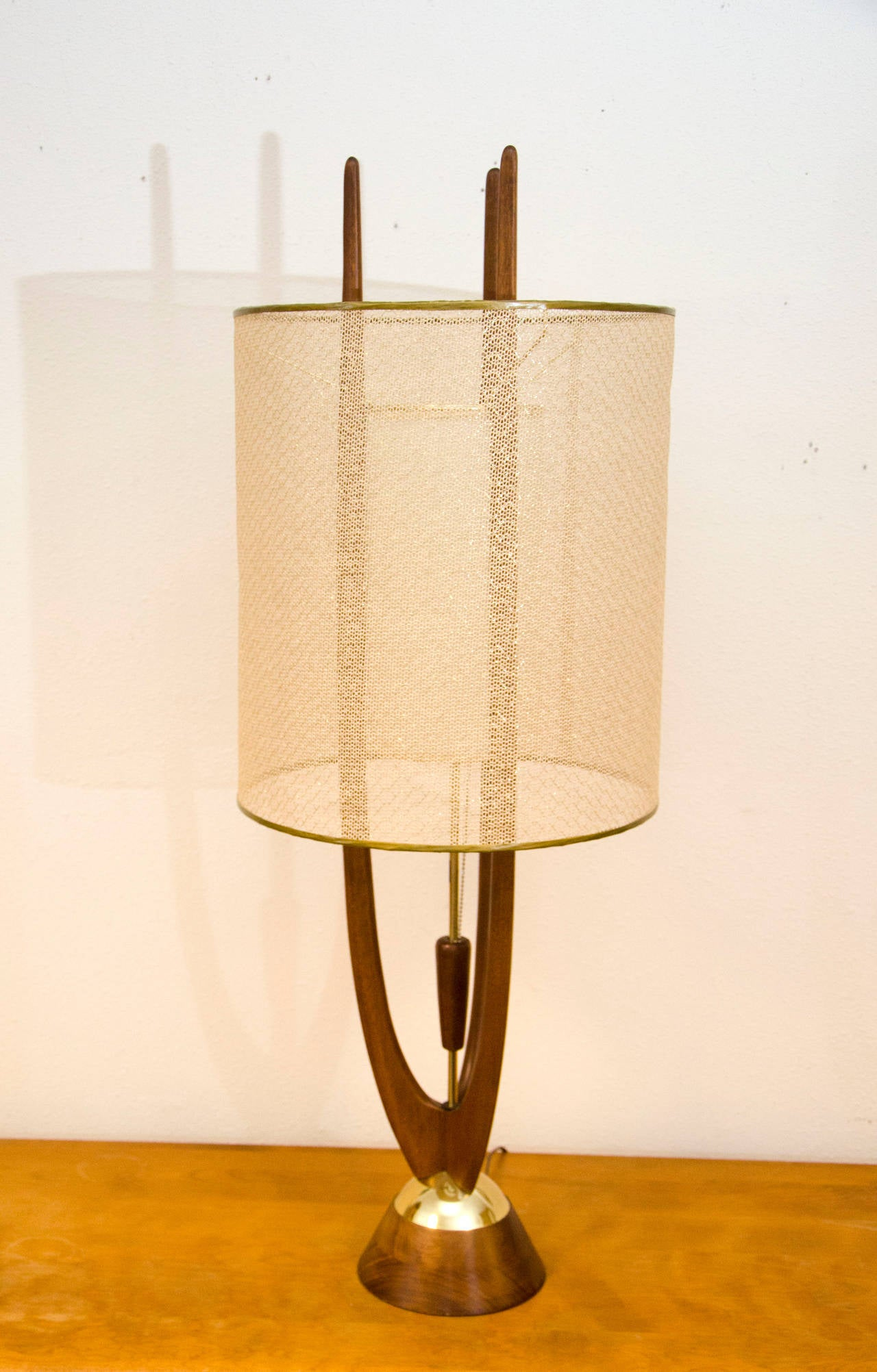 this mid century table lamp modeline is no longer available. Black Bedroom Furniture Sets. Home Design Ideas