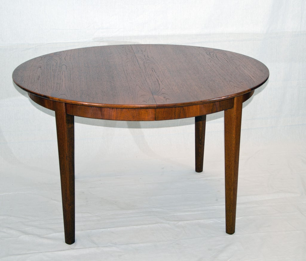 Round teak dining table three leaves at 1stdibs for Dining room tables with leaves