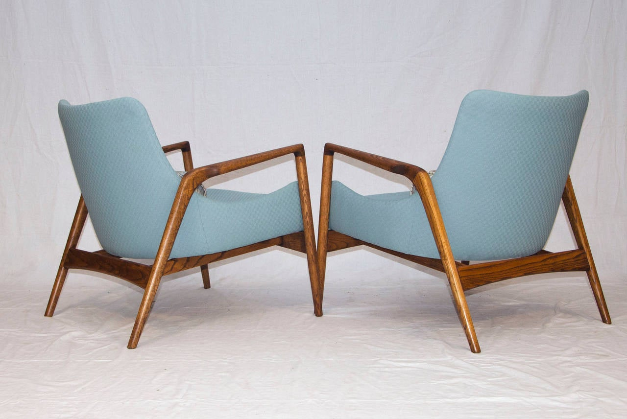 This sculptural pair of lounge chairs by ib kofod larsen is no longer - Mid Century Pair Of Danish Lounge Chairs Ib Kofod Larsen 3