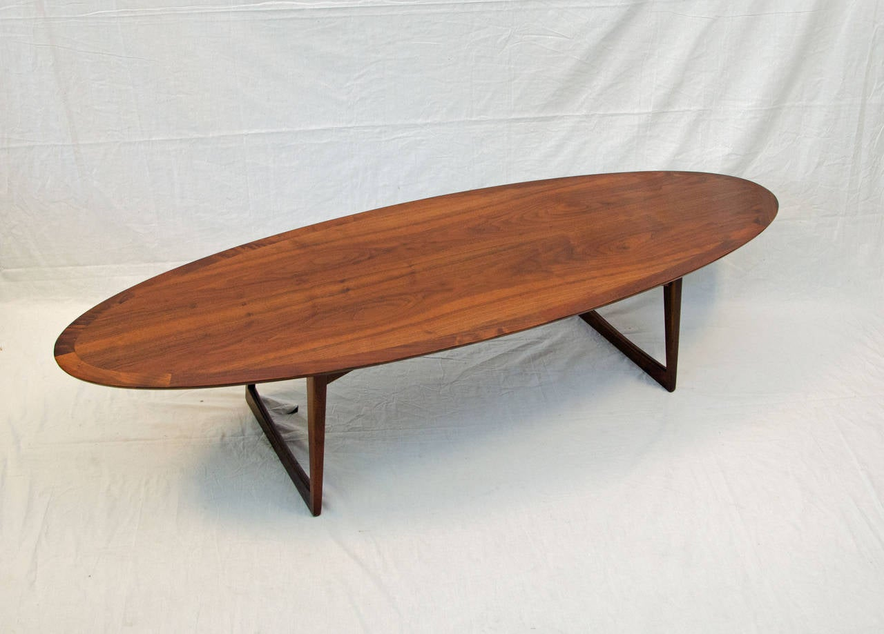 Beautiful Surfboard Shape Walnut Coffee Table The Top Is Supported By Two Sets Of