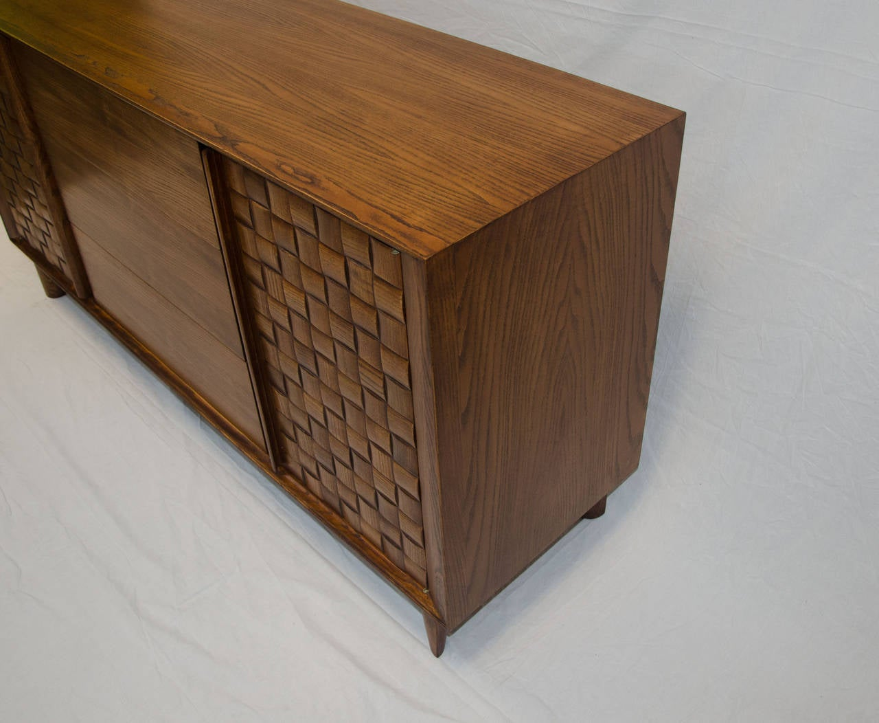 Mid Century Credenza Or Buffet By Paul Laszlo For Brown Saltman At . Full resolution  snapshot, nominally Width 1280 Height 1052 pixels, snapshot with #432A17.