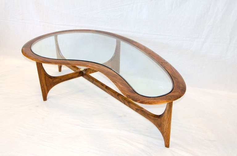 Cocktail Table In Organic Shape 3