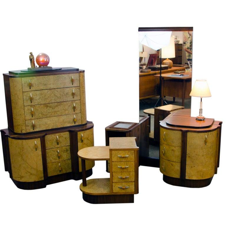 art deco bedroom suite at 1stdibs. Black Bedroom Furniture Sets. Home Design Ideas