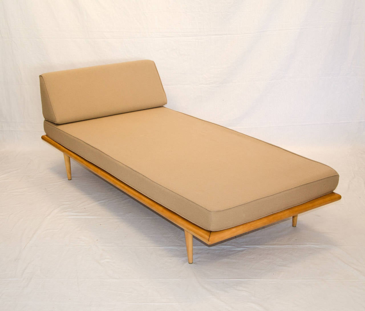 Mid century daybed or chaise longue george nelson for herman miller for sale - Chaise herman miller ...