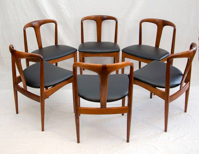 Mid Century Modern Set Of Six Danish Solid Teak Juliane Dining Chairs By Johannes Andersen