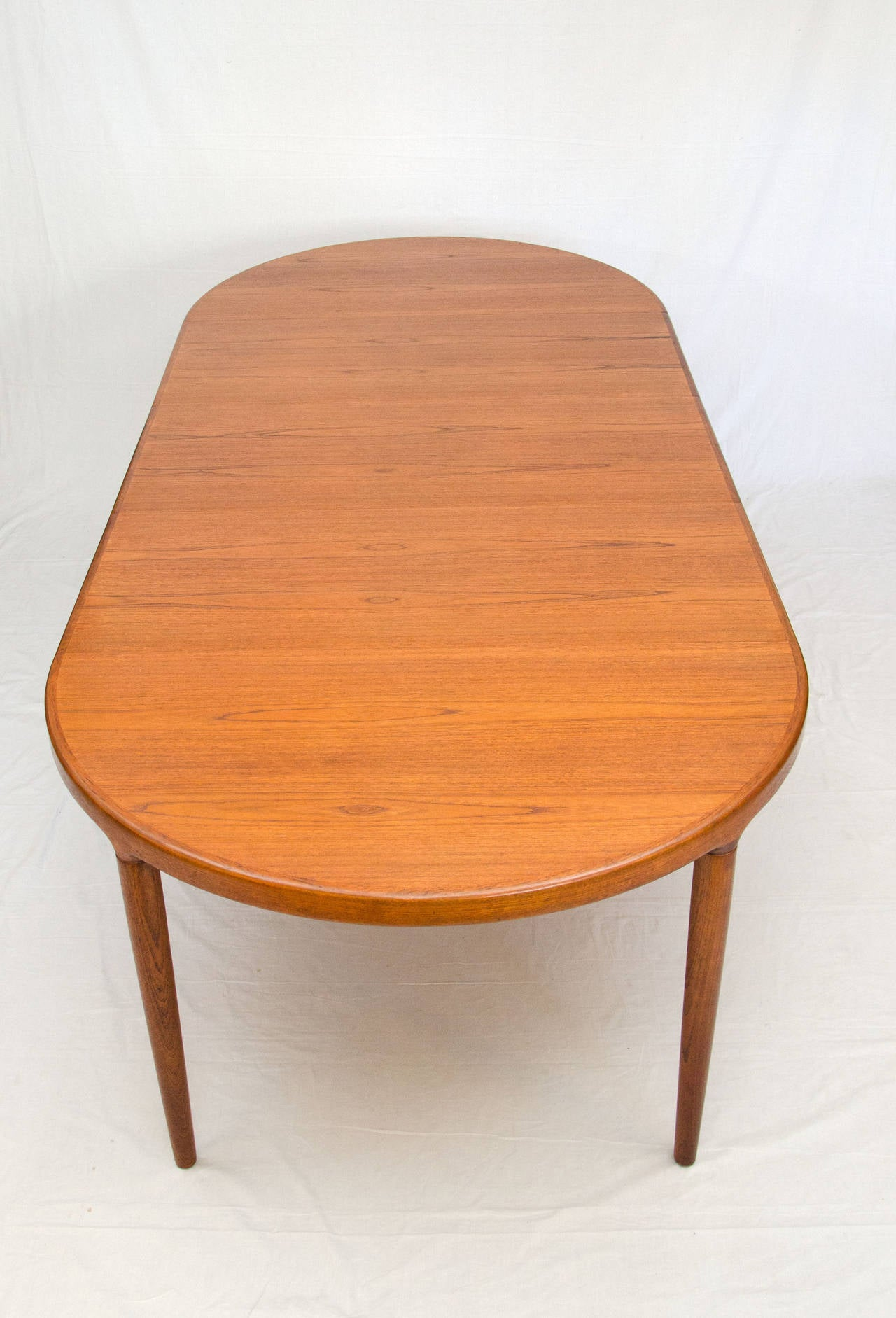 573 Danish Dining Table C 8