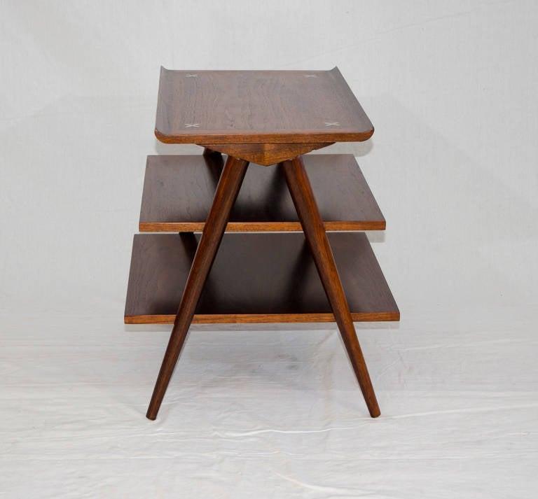 Mid century american of martinsville magazine end table at for Mid century american furniture