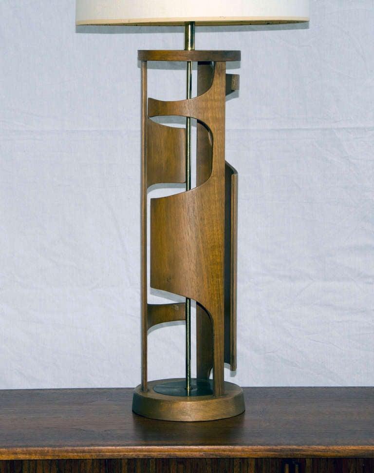Mid Century Modeline Table Lamp At 1stdibs