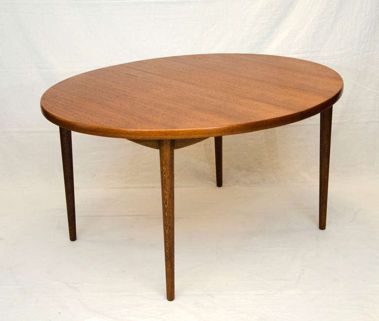 Mid Century Teak Dining Table Moreddi At 1stdibs