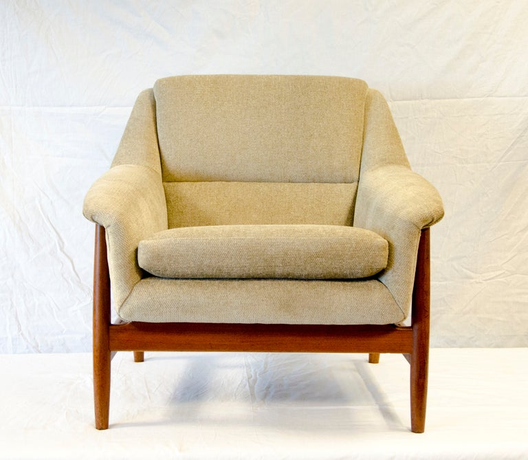 Danish Dux Style Lounge Chair Teak Frame At 1stdibs