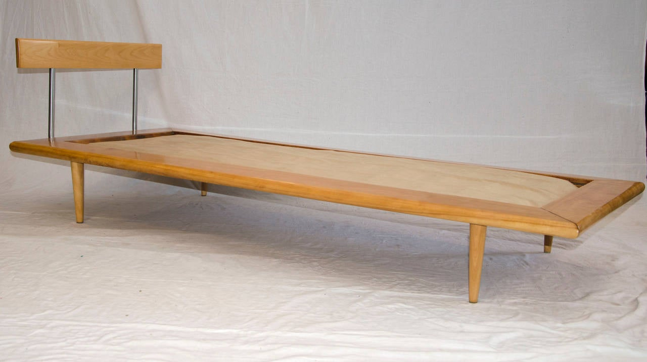Mid century daybed or chaise longue george nelson for herman miller at 1stdibs - Chaise herman miller ...
