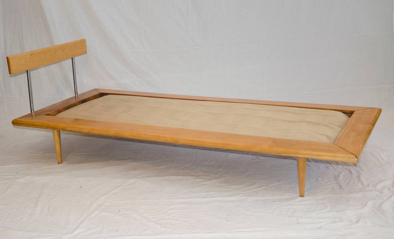 mid century daybed or chaise longue george nelson for herman miller at 1stdibs. Black Bedroom Furniture Sets. Home Design Ideas