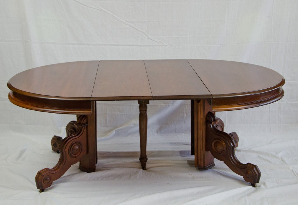 19th century american victorian walnut dining table image 3 for Dining room tables victorian