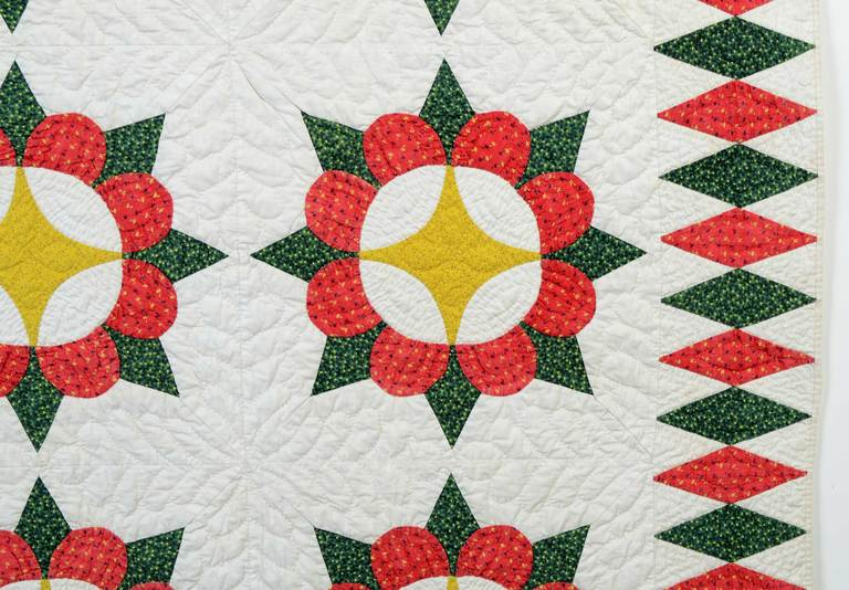 19th Century Caesar's Crown Quilt For Sale