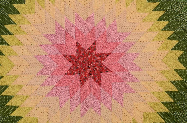Lone Star Quilt with Embroidery In Excellent Condition For Sale In Darnestown, MD