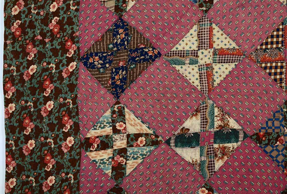 Texas Puzzle Quilt In Excellent Condition For Sale In Darnestown, MD