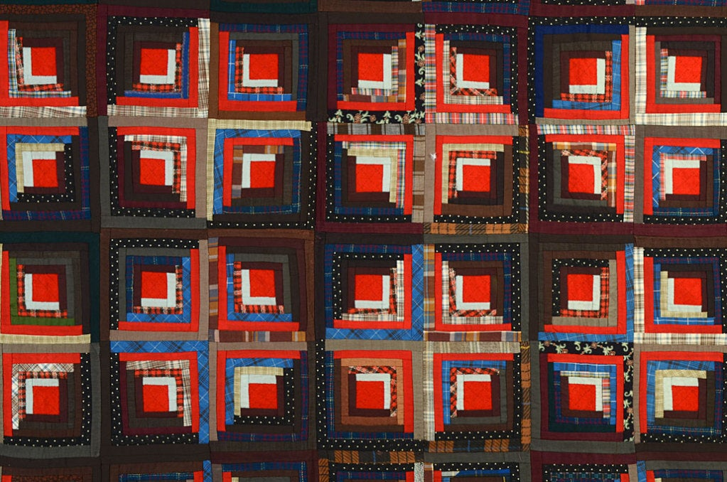 American Light and Dark Log Cabin Quilt For Sale